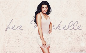 lea_michele_9-wallpaper-1920x1200